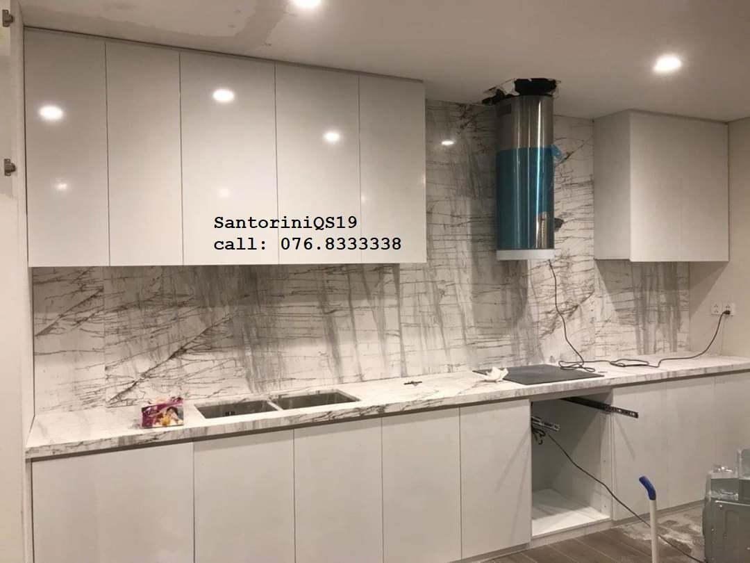 bếp ốp đá santorini